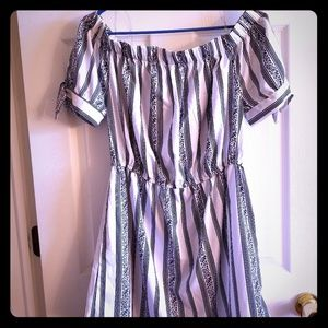 NWOT Off the shoulder Summer Mini Dress
